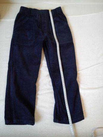 Cieplejsze spodnie dla chłopca w rozmiarze 110/116