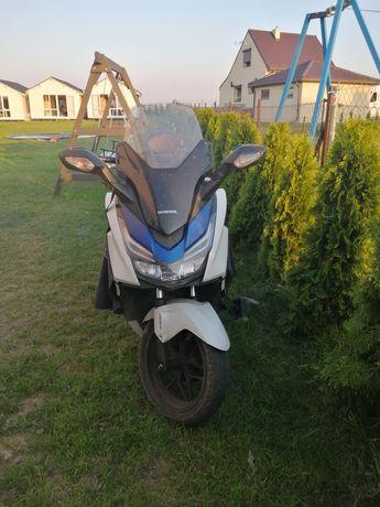 Sprzedam Honda Forza 125