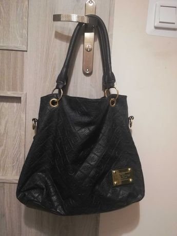 Czarna pojemna torebka Louis Vuitton