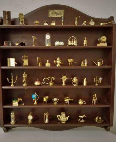 """Escaparate com Antiga colecção Philae """"Museu"""""""