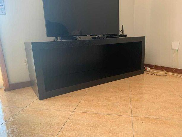Móvel para TV - madeira maciça
