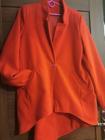 Czerwony płaszczyk, XL, stan idealny