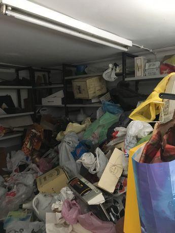 Recolhas de entulho lixo e demoliçoes