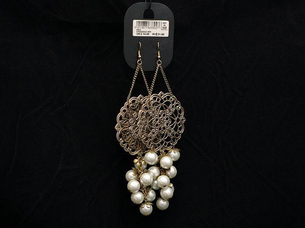 Kolczyki z perlami w stylu Orientu.