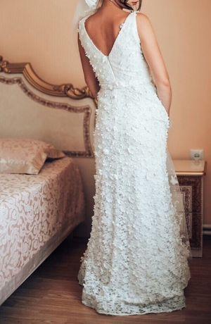 Продам сукню вечірньо -весільну