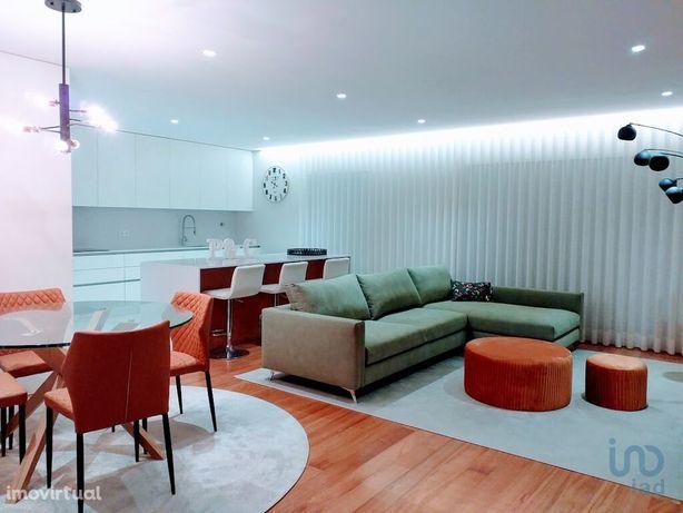 Apartamento - 173 m² - T3