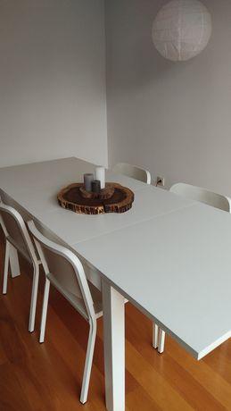 Conjunto mesa e cadeiras Ikea