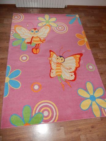 Дитячий килим для дівчинки