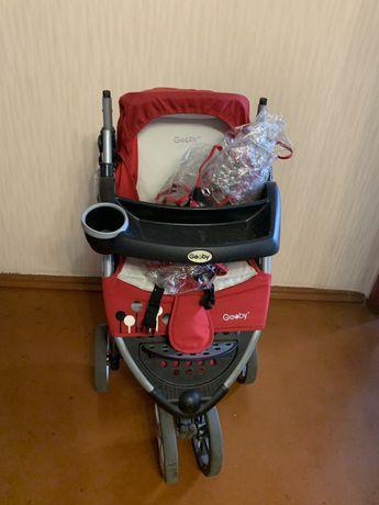 Детская трехколесная коляска Geoby