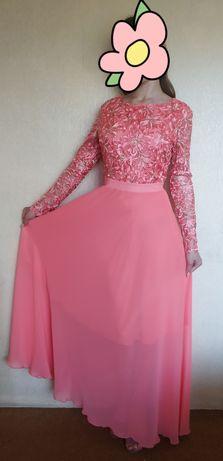 Продам 2 платья‼️( могу продать по отдельности!) Срочно‼️