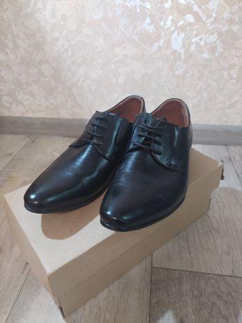 Туфли мужские, классические