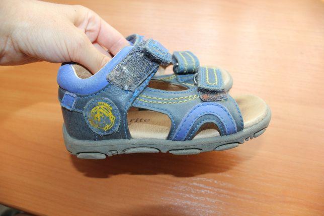 Босоножки кожи 22 размер сандали на мальчика