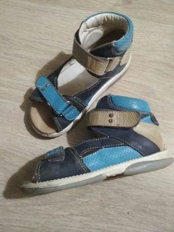 Sandały ortopedyczne Memo 27