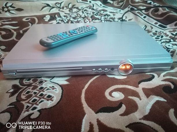 Odtwarzacz DVD Manta DivX i XviD Okazja Tanio