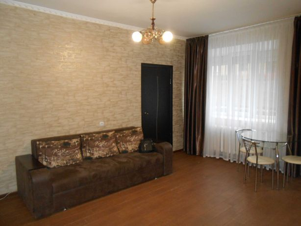 Сдам 2-х комнатную квартиру в центре ул. Родимцева