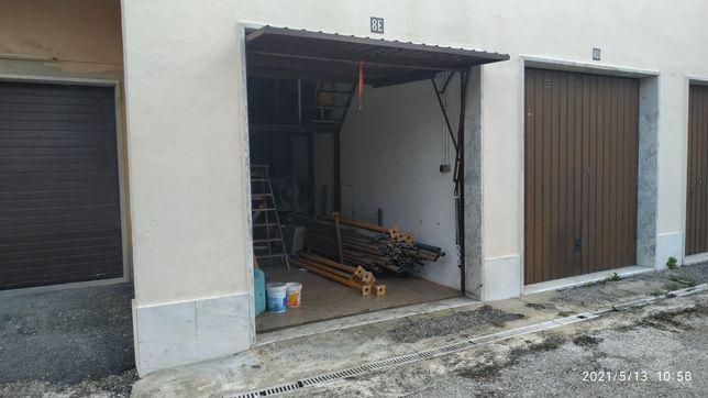 Garagem na Abrunheira, Sintra