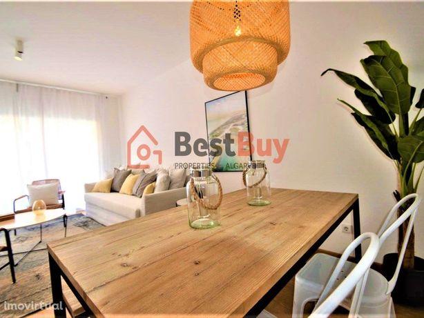 Bonito Apartamento de 2 quartos , localizado no centro de...