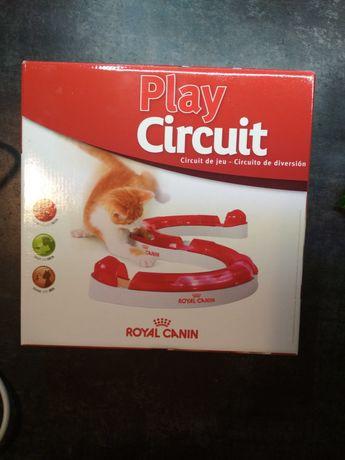 Zabawka interaktywna dla kota