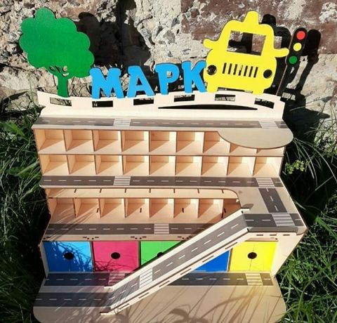 Деревянный гараж, детская парковка для машинок, паркинг из фанеры