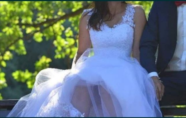 Suknia ślubna M do L