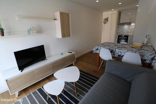 Apartamento T2 a 50 metros praia de São Martinho do Porto