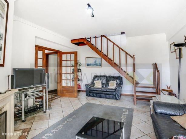 SINTRA - Duplex T3 para venda em Abrunheira