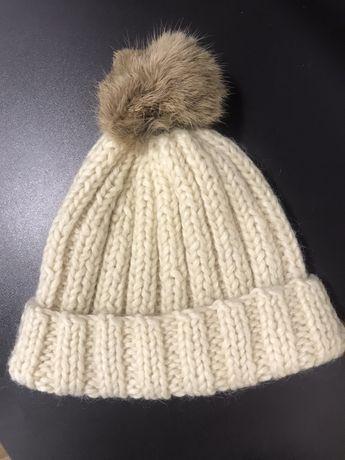 Зимняя натуральная шерстяная шапка
