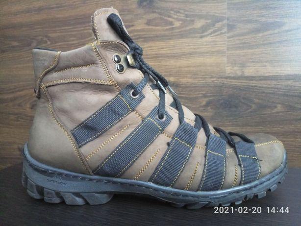 Ботинки высокие зимние мужские р.40 на шнуровке, стелька 26,5