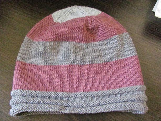 Продам шерстяную женскую шапку БИНИ