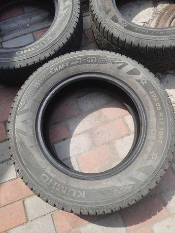 Продам Kumho WinterCraft SUV Ice WS51 225/65 R17