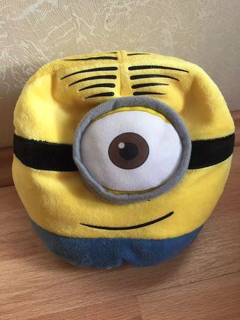 Подушка-игрушка Миньон
