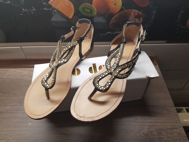 Sandały japonki