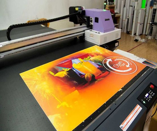 УФ-печать на пленке,пластике,акриле,ПВХ,МДФ,ПЭТ,стекле,композите