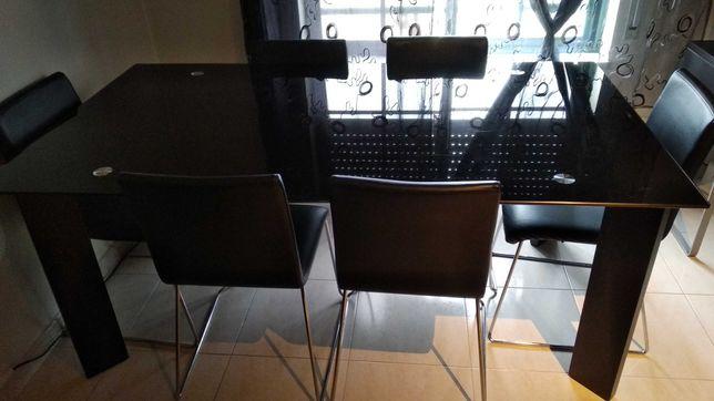 Mesa sala jantar com vidro temperado preto