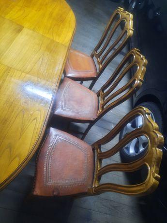 Mesa extensivel e 6 cadeiras em couro