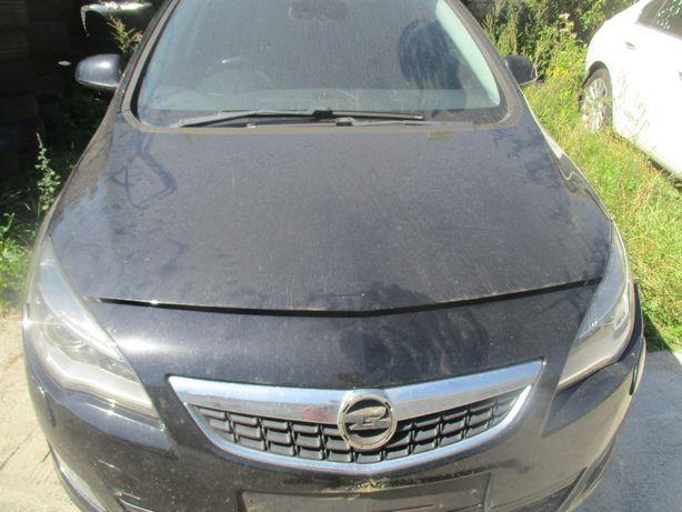 Opel Astra IV J maska Z20R
