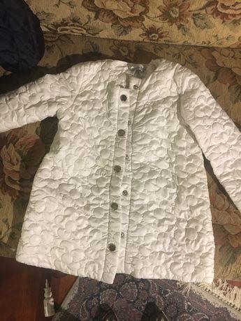 Paka pieknych ubranek dla dziewczynki 98-110