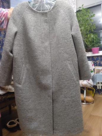 Пальто новое 56 размера