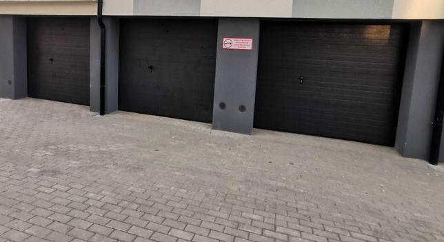 Nowy garaż ul. Stryjewskiego