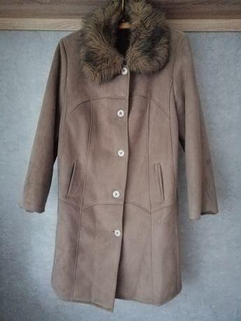Ciepły solidny płaszcz damski zimowy xl