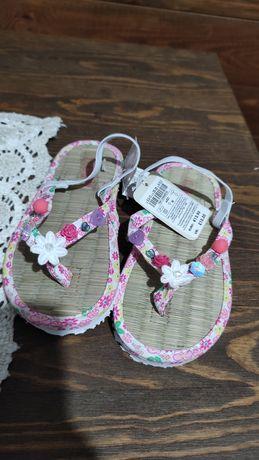 Chinelos sandálias 27-28