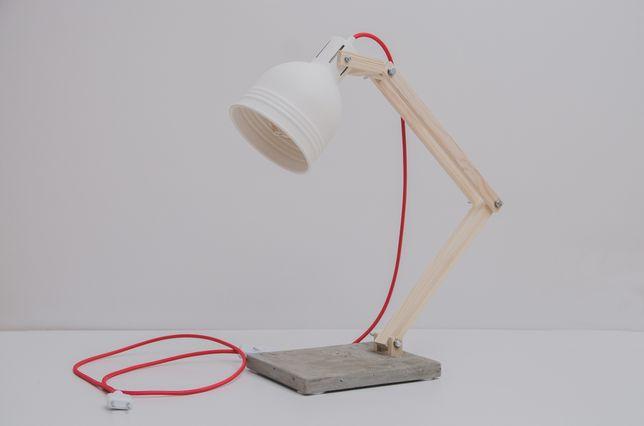 Настольная лампа ручной работы.