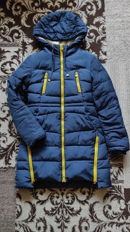Продам підліткову зимову куртку (пальто ,парка)