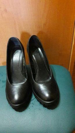 Кожаные туфли фабрика Вико