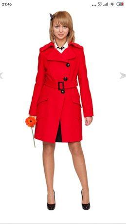 Брендовое пальто Hellen London из итальянской кашемировой ткани, 40 р