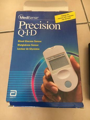 Precision QID Глюкометр