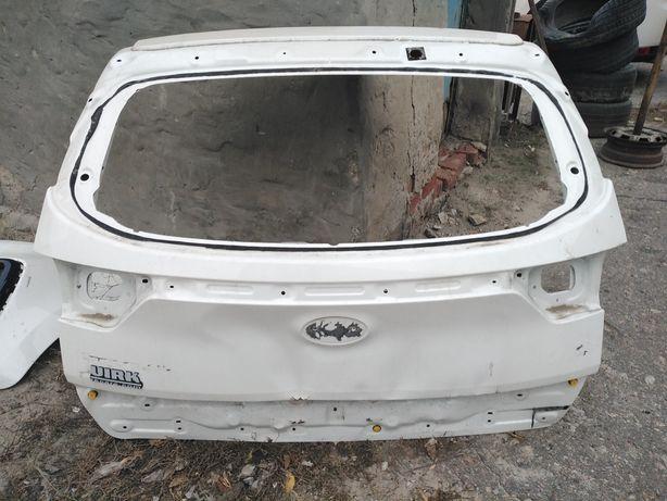 Крышка багажника ляда kia Sportage 4