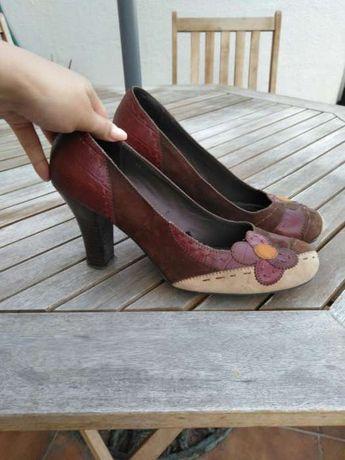 Sapatos tam 41 em pele