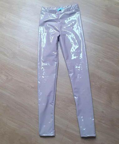 Lateksowe spodnie