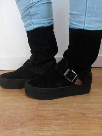 Botas de camurça preta